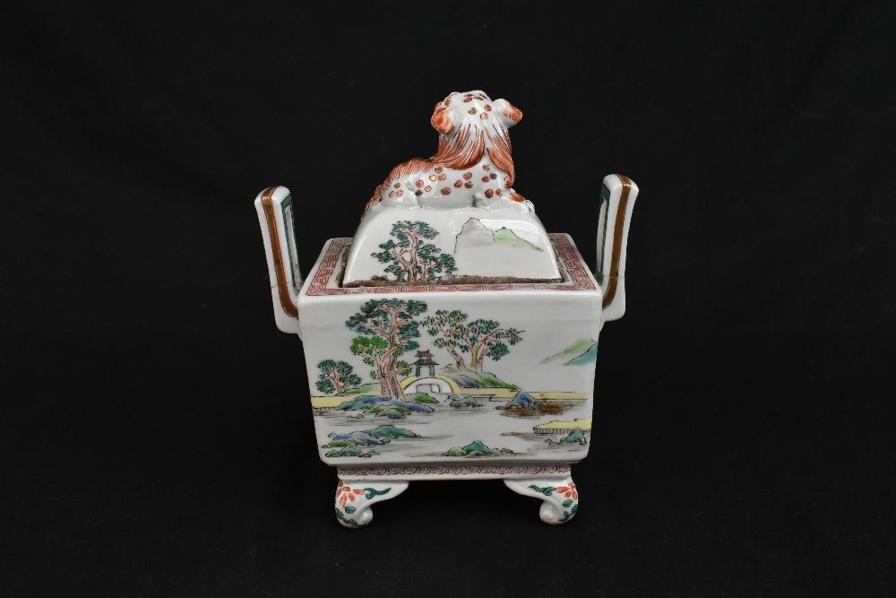 A 19th century Chinese Famille Verte Wucai porcelain koro and cover, the cover moulded with a shishi - Image 4 of 14