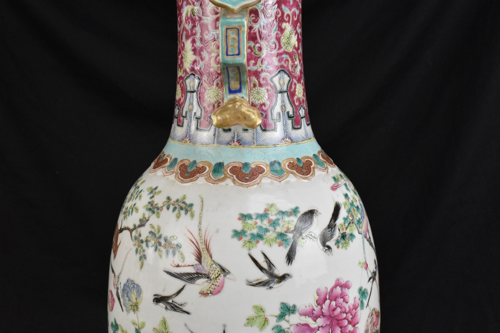 A large 19th century Chinese porcelain twin handled Famille Rose vase with flared neck with - Image 22 of 24