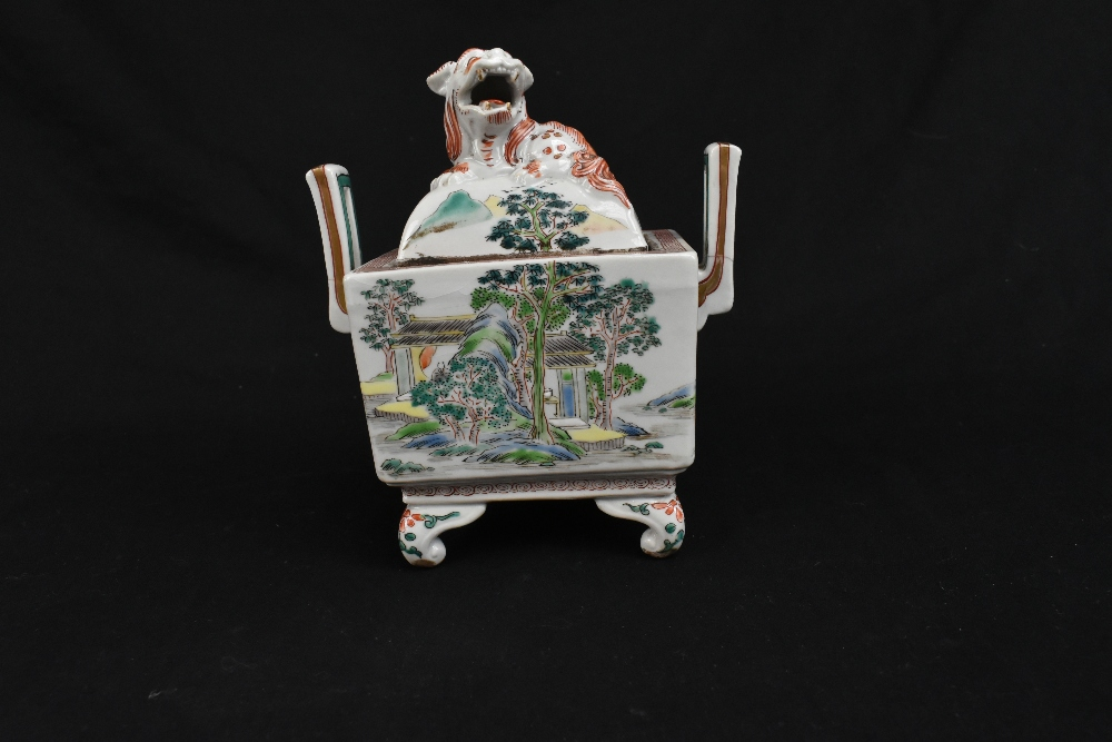 A 19th century Chinese Famille Verte Wucai porcelain koro and cover, the cover moulded with a shishi - Image 2 of 14