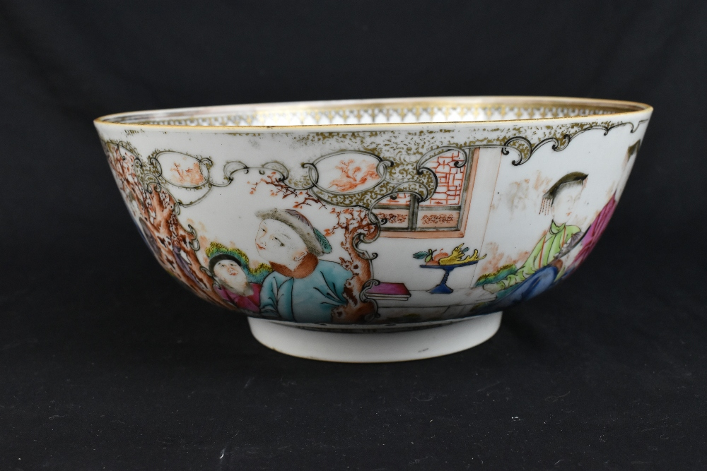 An 18th century Chinese Export Famille Rose footed bowl painted in enamels with figures in landscape - Image 2 of 11