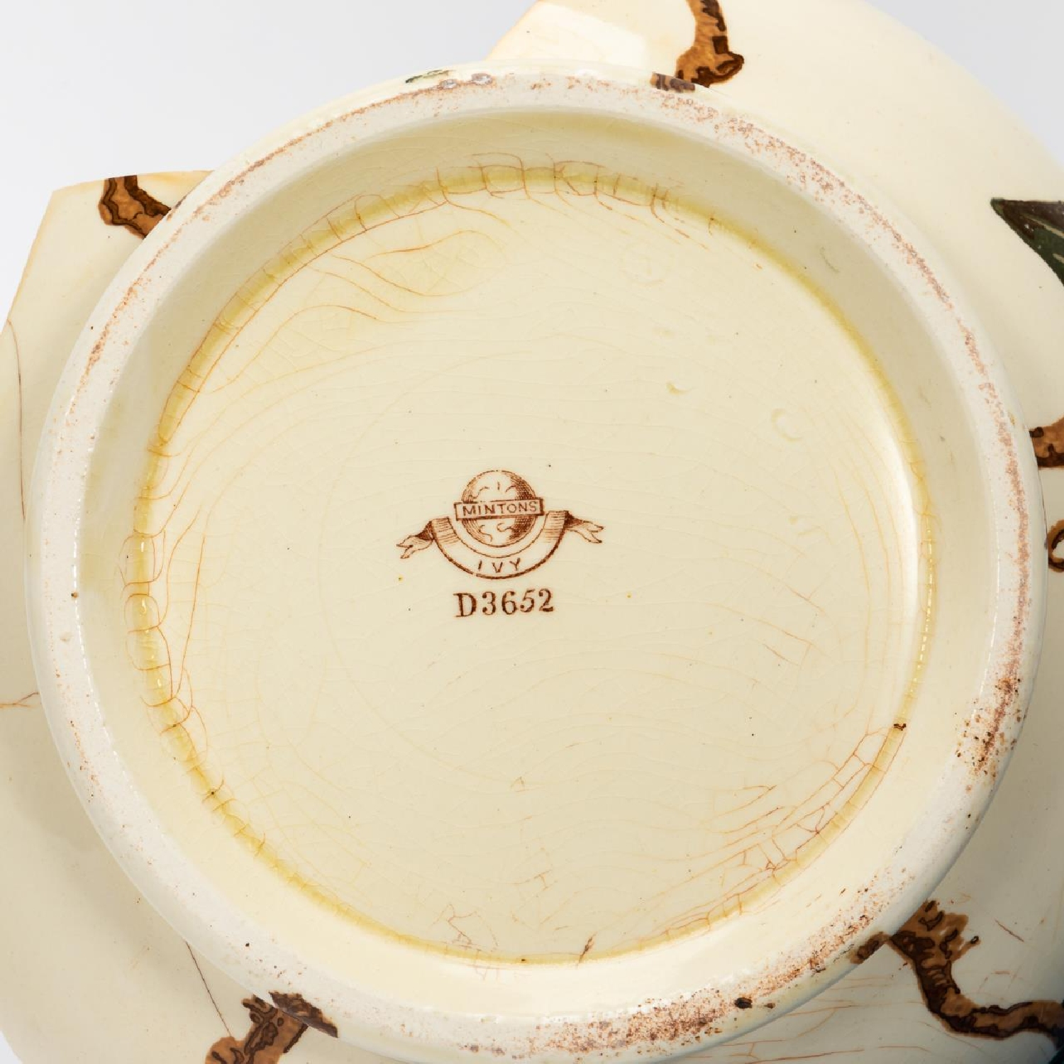 RMS CARPATHIA, SALVAGED PARTIAL IVY CHAMBER POT - Image 5 of 7