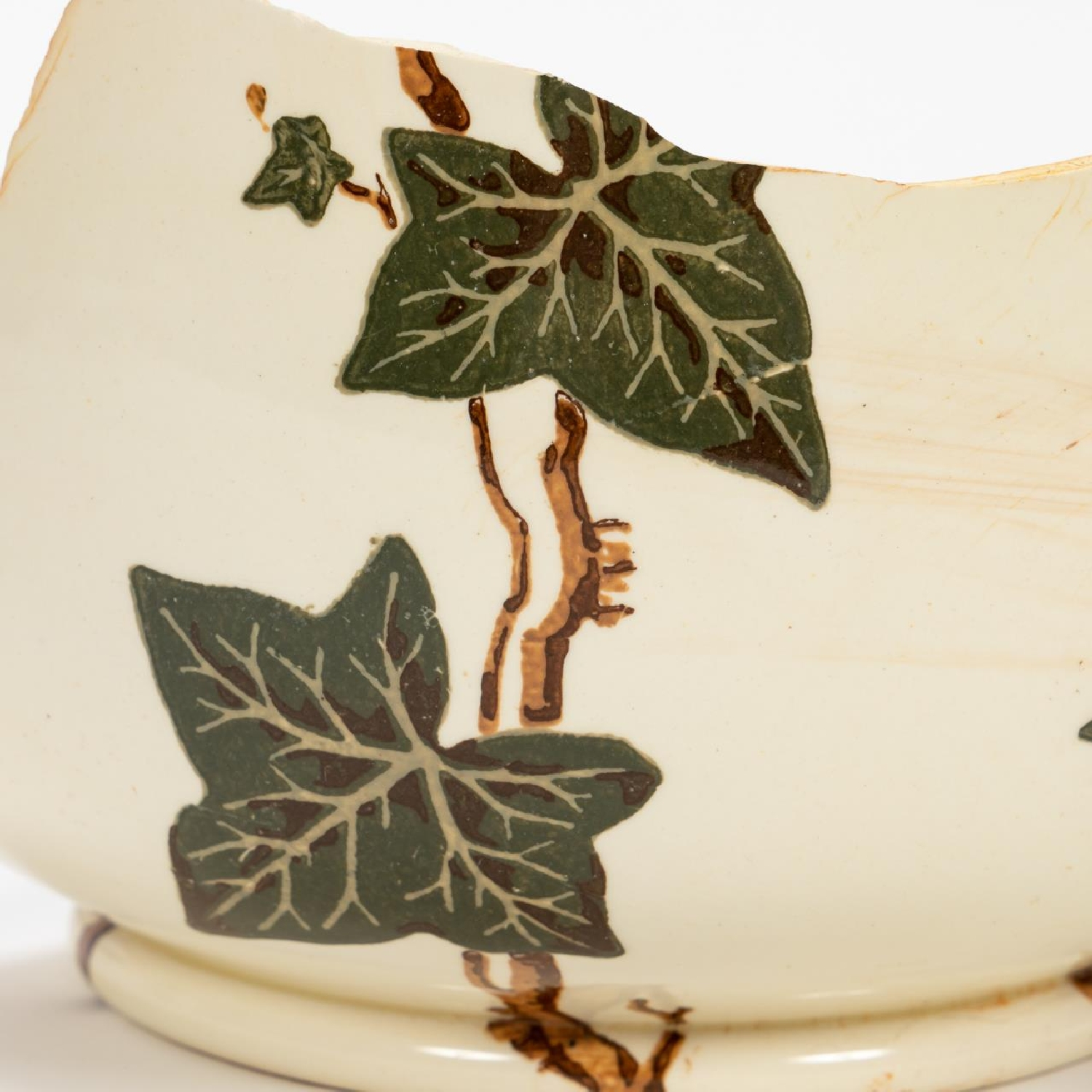RMS CARPATHIA, SALVAGED PARTIAL IVY CHAMBER POT - Image 7 of 7
