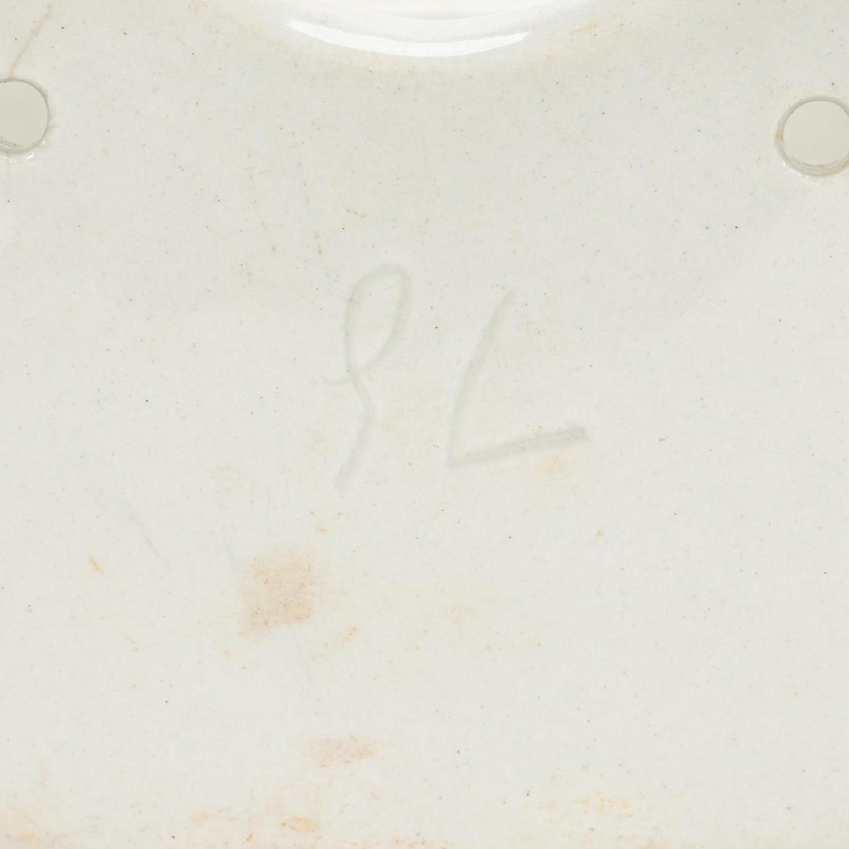 RMS CARPATHIA, SALVAGED WHITE PORCELAIN SOAP DISH - Image 8 of 8