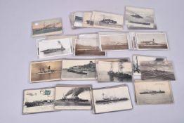 France. Marine de guerre. 1ère et 2ème Guerres mondiales. (25 cartes) en noir et en couleurs.