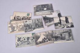 France. Les casernes, les bivouacs, cuisiniers. (17 cartes en noir.)