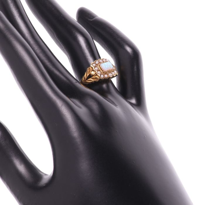 Gilt Opal & Pearl Ring - Image 2 of 6