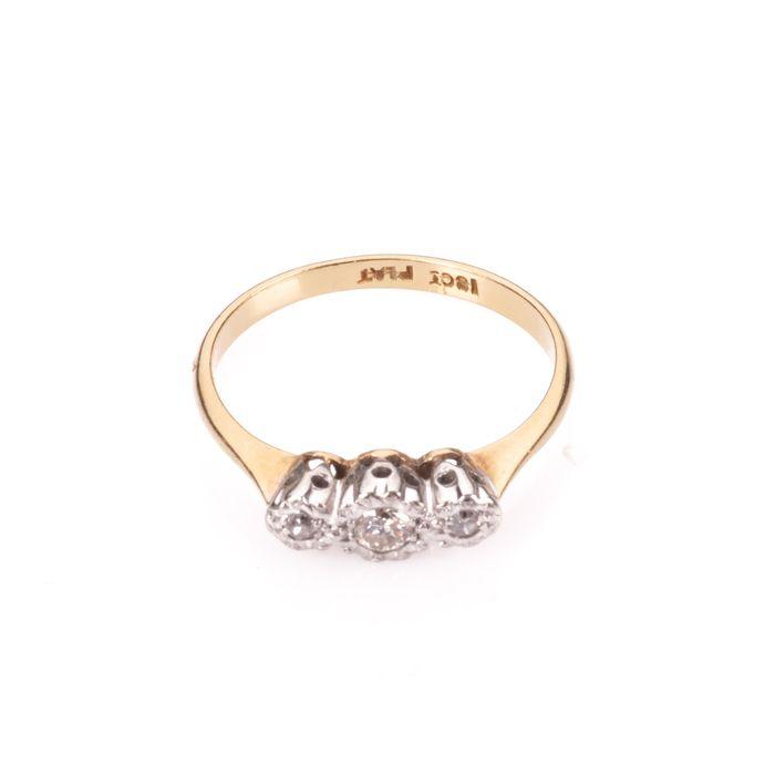 18ct Gold & Platinum Diamond Ring - Image 4 of 7