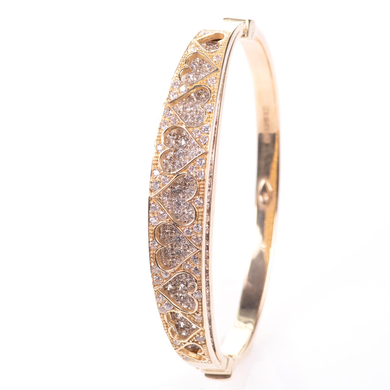 9ct Gold 4ct Diamond Heart Bangle Bracelet