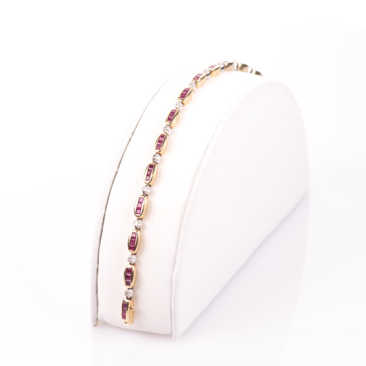 9ct Gold 2ct Ruby & Diamond Tennis Bracelet - Image 4 of 6