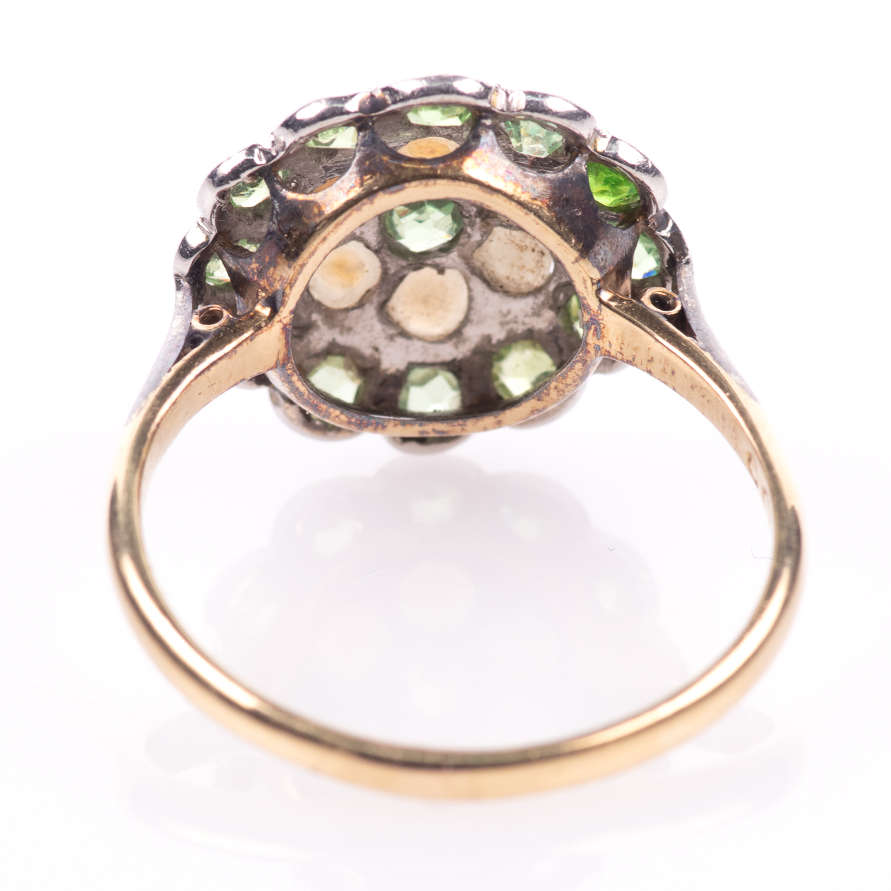 18ct Gold Victorian Peridot & Pearl Cluster Ring - Image 7 of 8