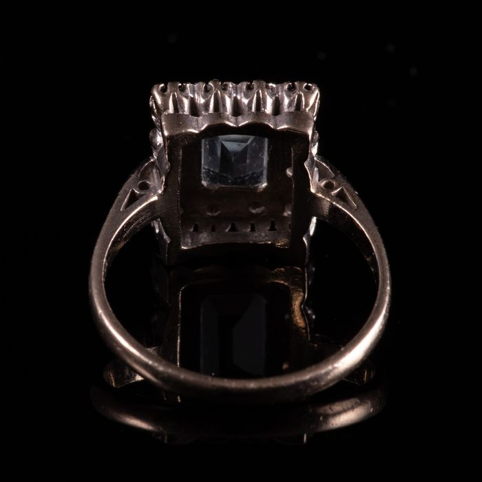 18ct Gold 1.40ct Aquamarine & Diamond Ring - Image 4 of 7