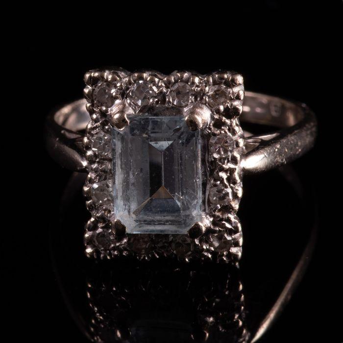 18ct Gold 1.40ct Aquamarine & Diamond Ring - Image 7 of 7