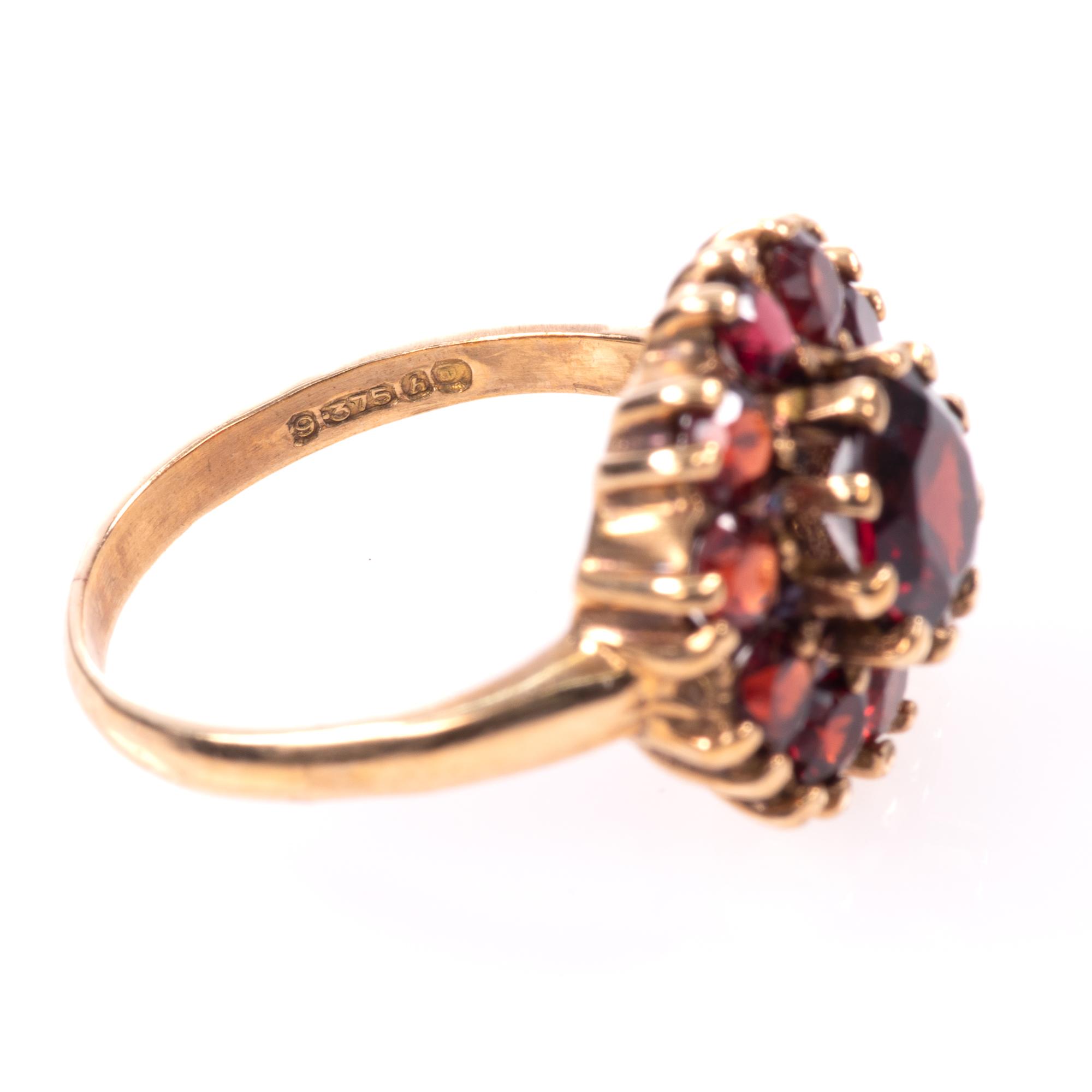9ct Gold Garnet Ring London 1963 - Image 8 of 8