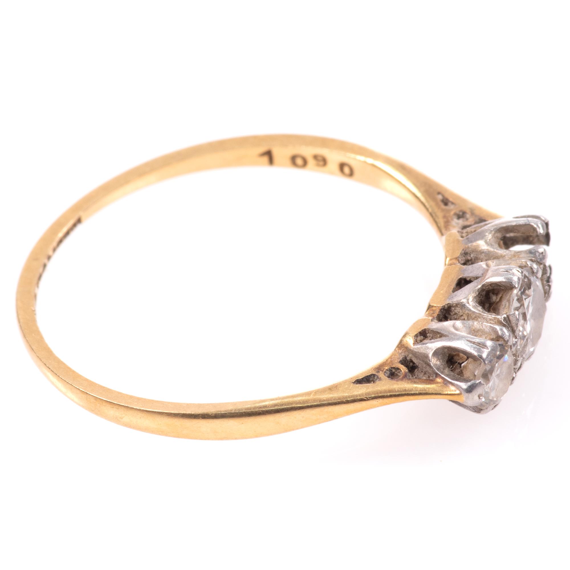 18ct Gold & Platinum 0.40ct Diamond Ring - Image 8 of 8