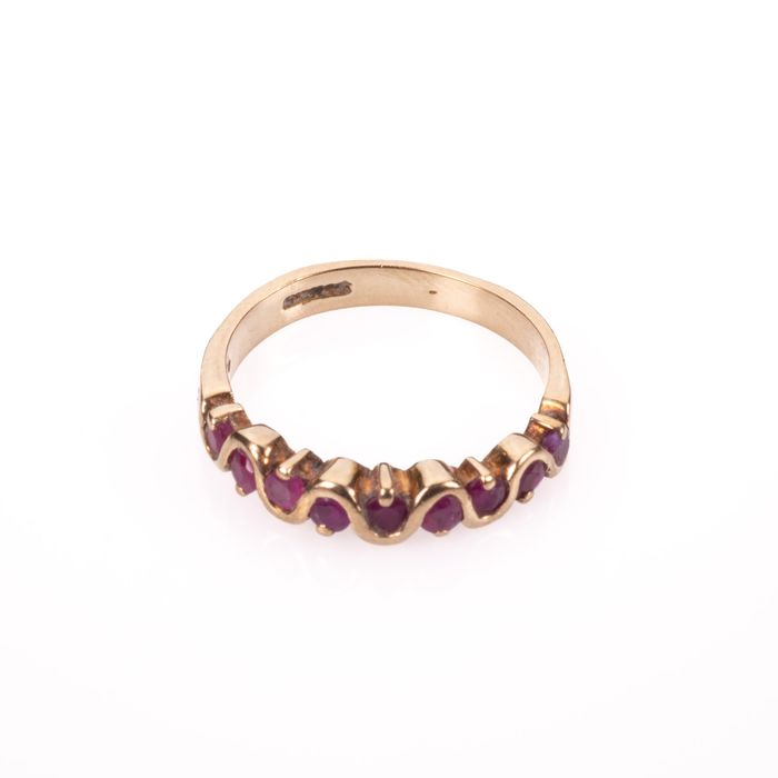 9ct Gold Ruby Ring - Image 3 of 5