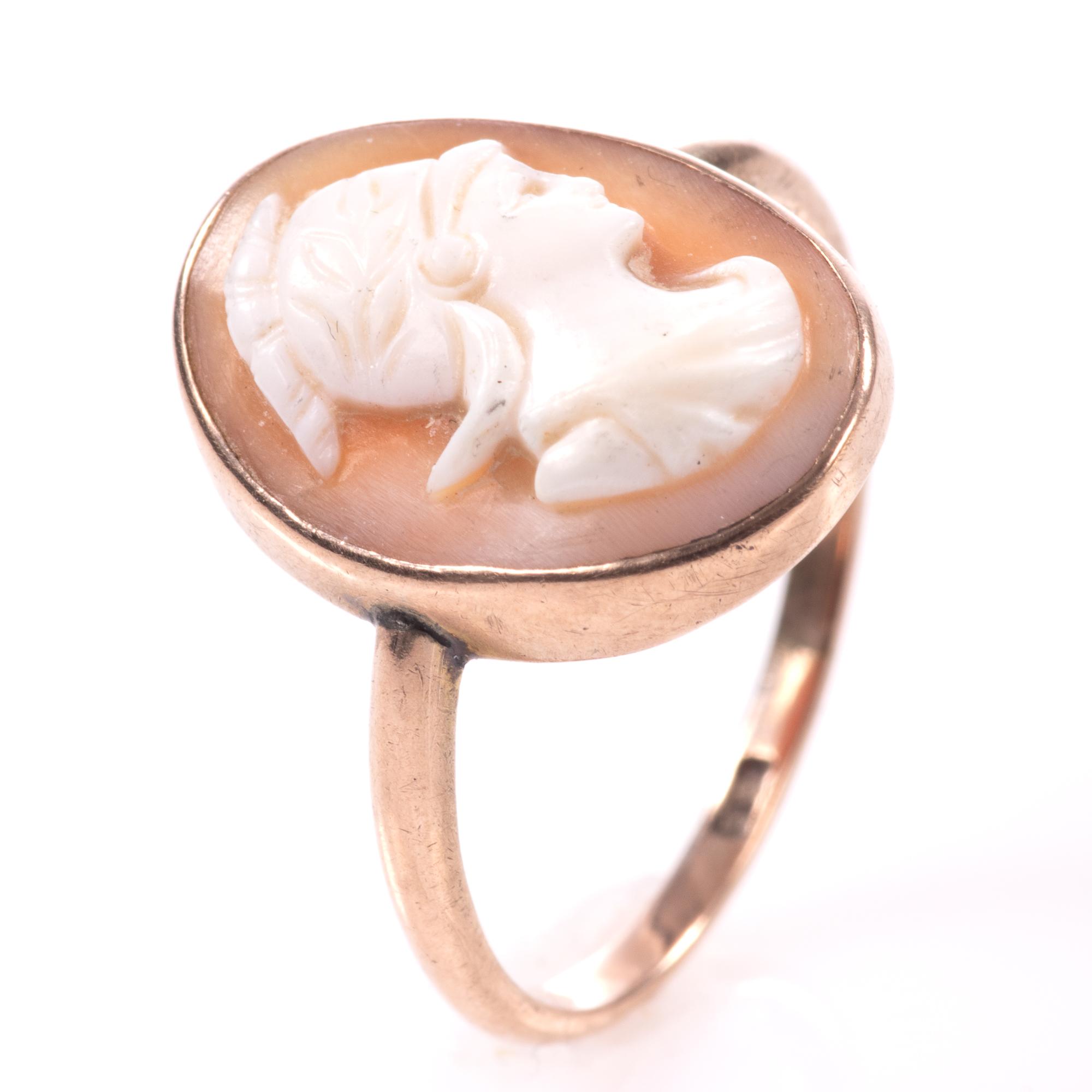 9ct Gold Roman Cameo Ring