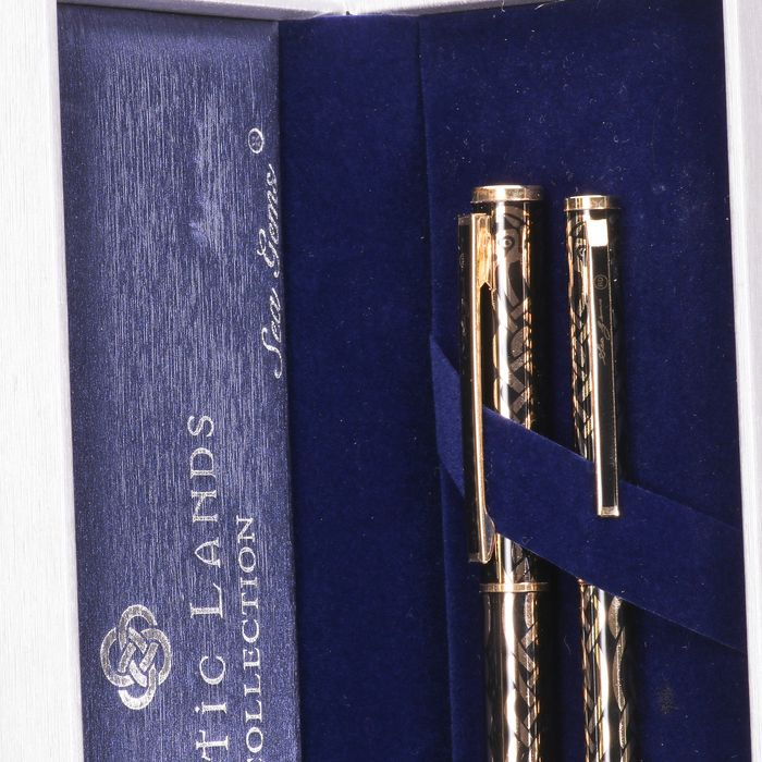 Celtic Gems Collection Fountain Pens (x2) - Image 2 of 6