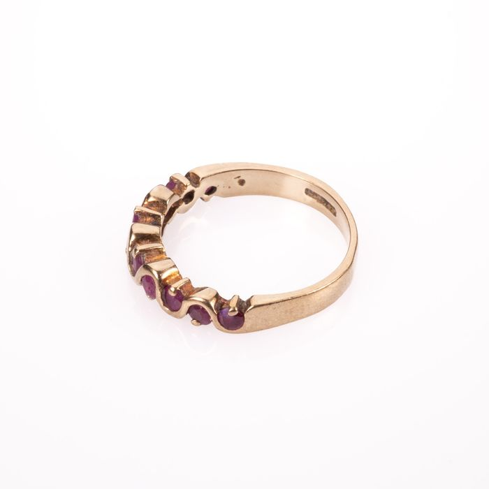 9ct Gold Ruby Ring - Image 5 of 5