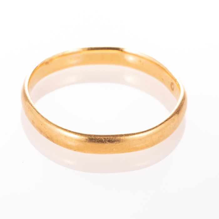 22ct Gold Wedding Band Ring Birmingham 1951 - Image 5 of 6