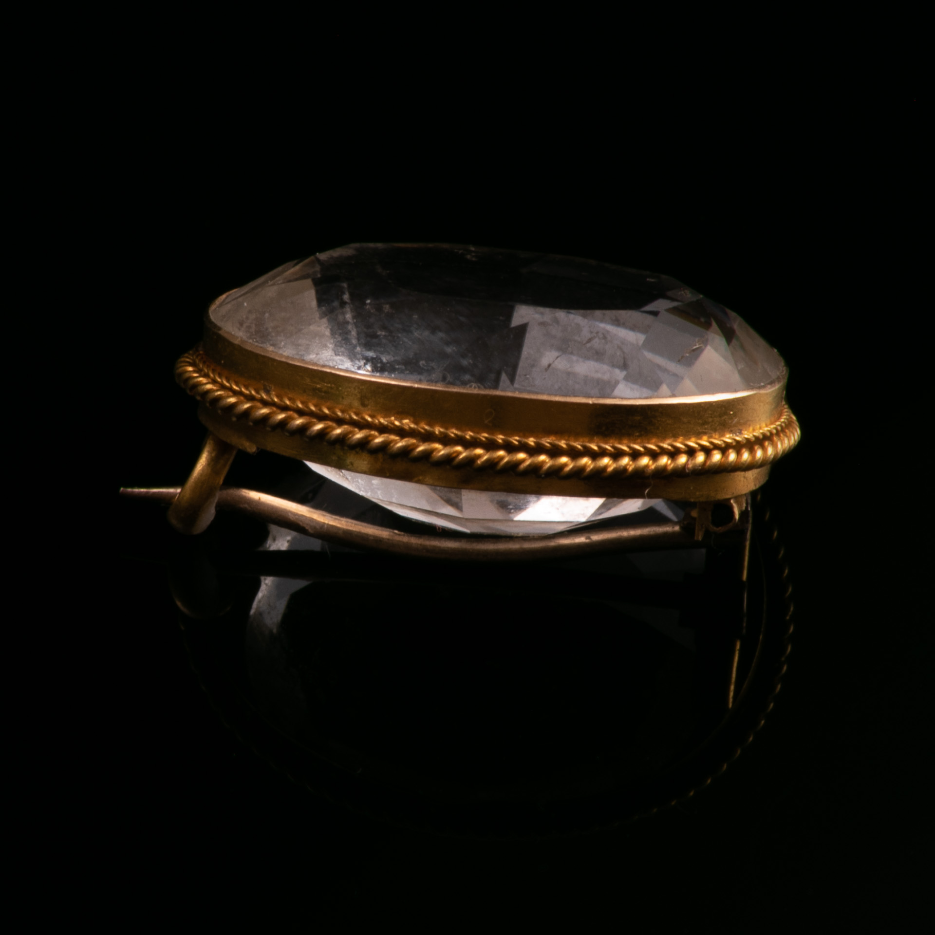 18ct Gold Victorian Faceted Rock Crystal Brooch - Image 4 of 5
