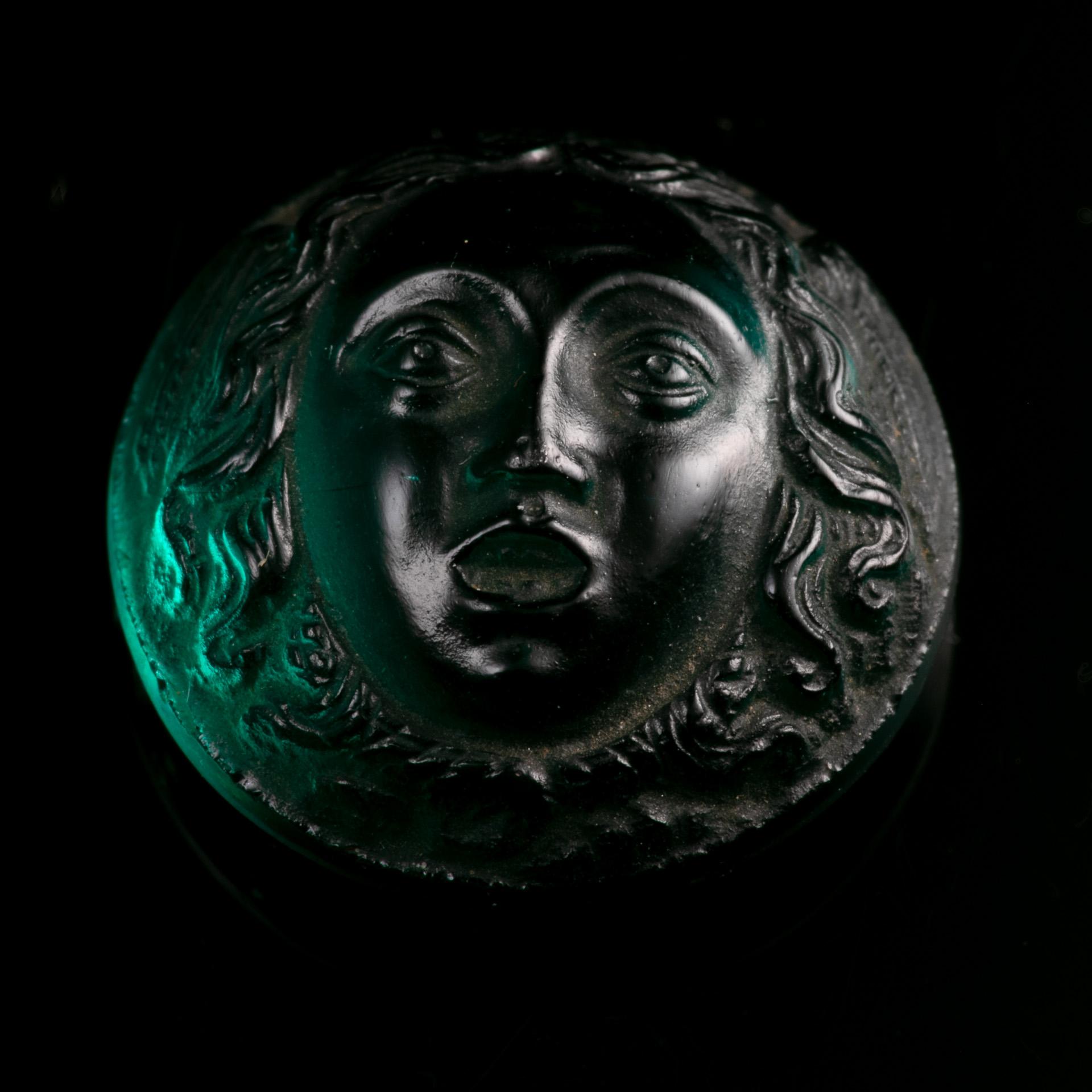 Roman Glass Cameo Depicting Medusa - Image 4 of 6