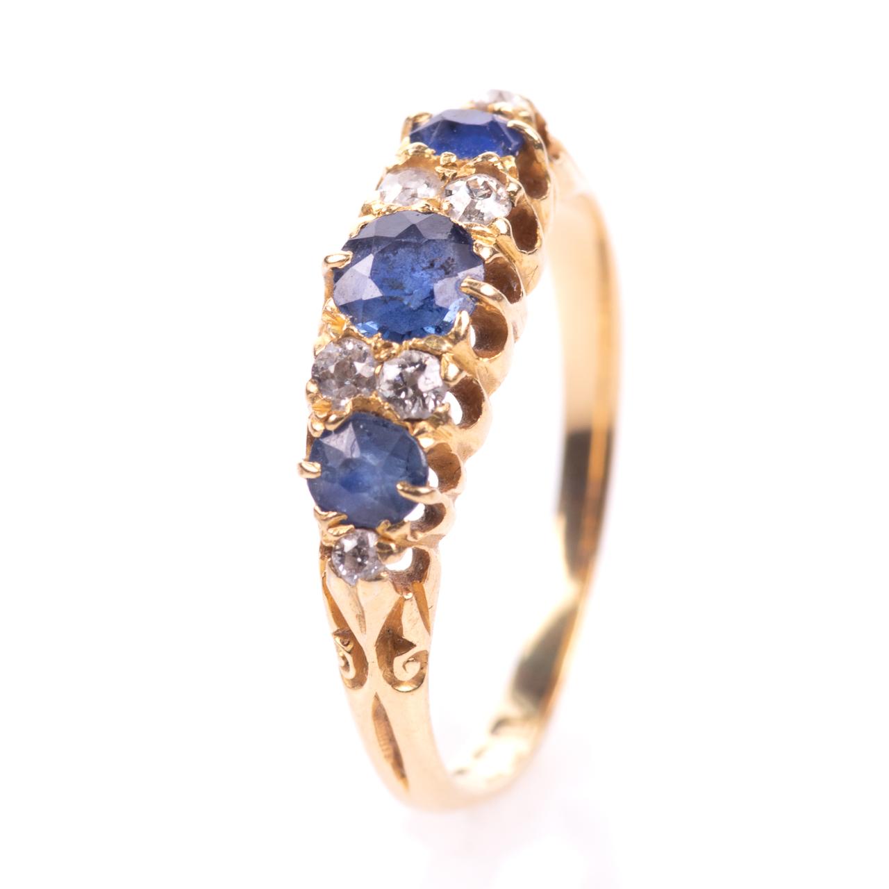 18ct Gold George V 1ct Sapphire & Diamond Ring London 1908