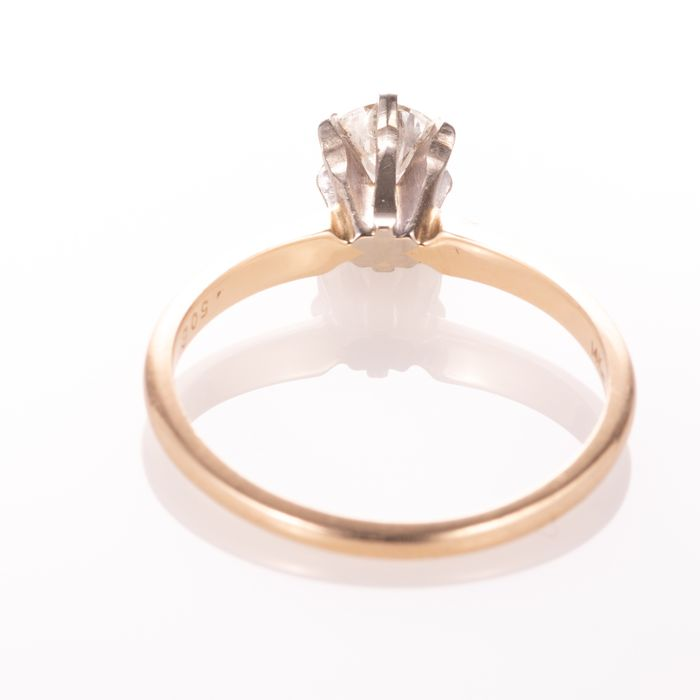 14ct Gold 0.50ct Diamond Solitaire Ring - Image 4 of 7