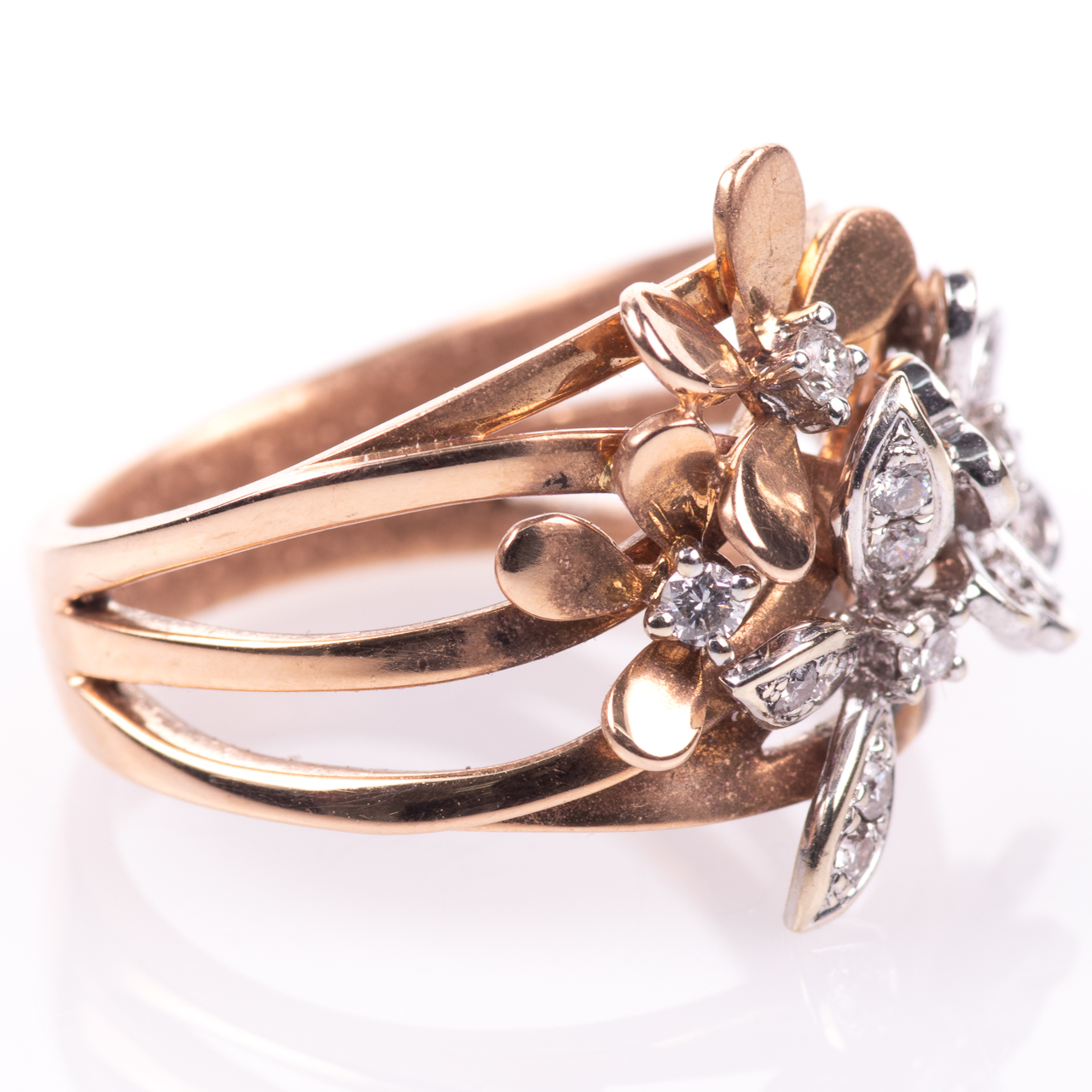 18ct Pink Gold Floral 0.25ct Diamond Ring - Image 7 of 7