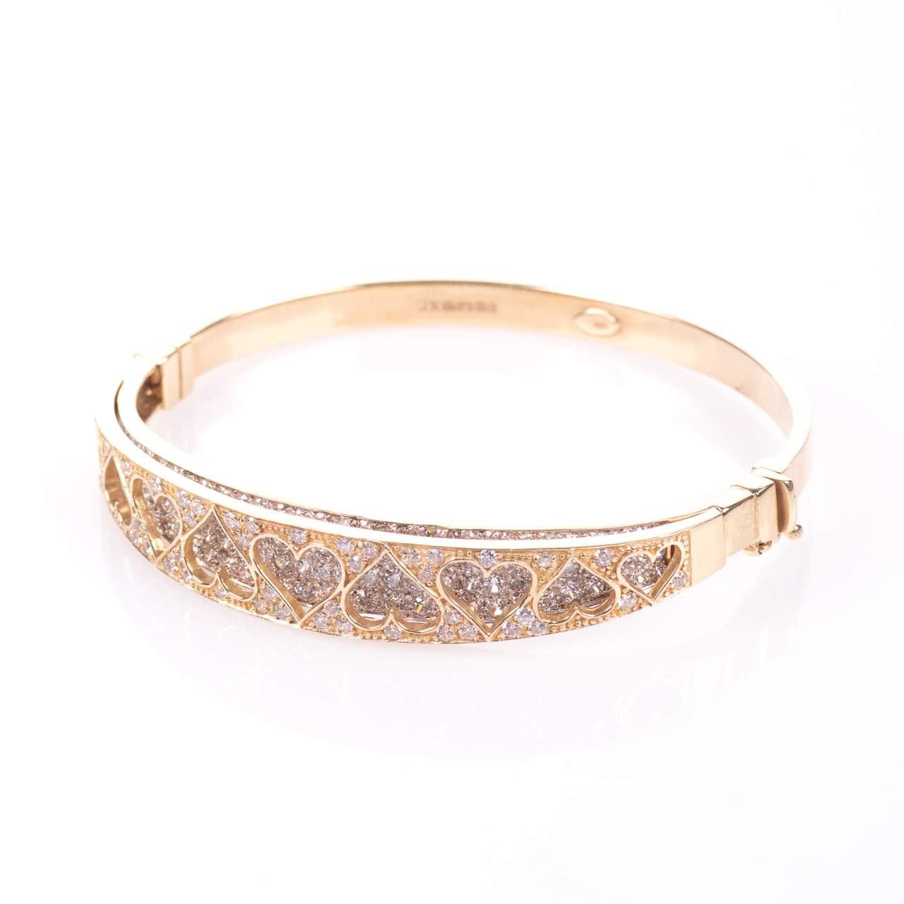 9ct Gold 4ct Diamond Heart Bangle Bracelet - Image 3 of 7