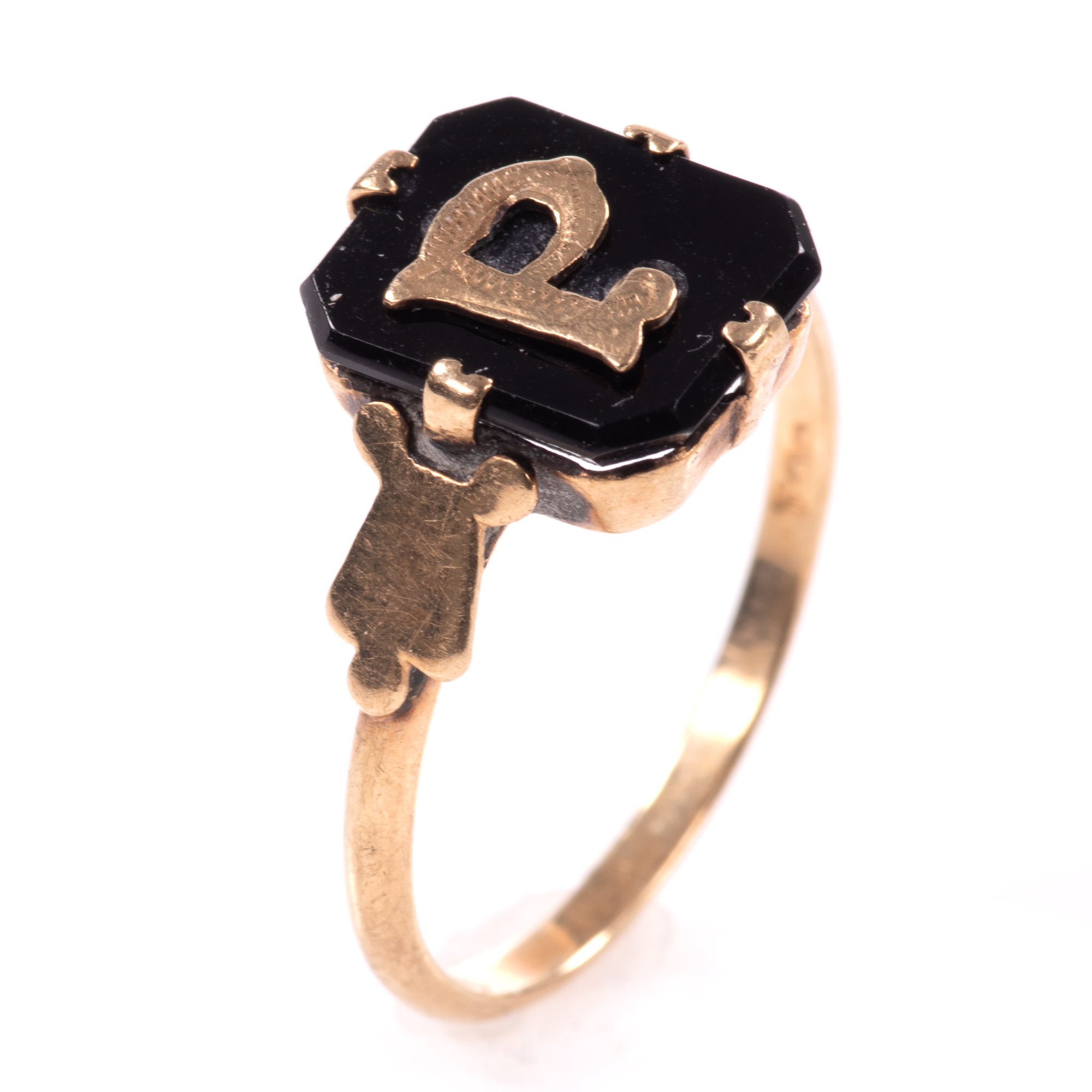 """9ct Gold Victorian Onyx Mourning Ring """"P"""""""