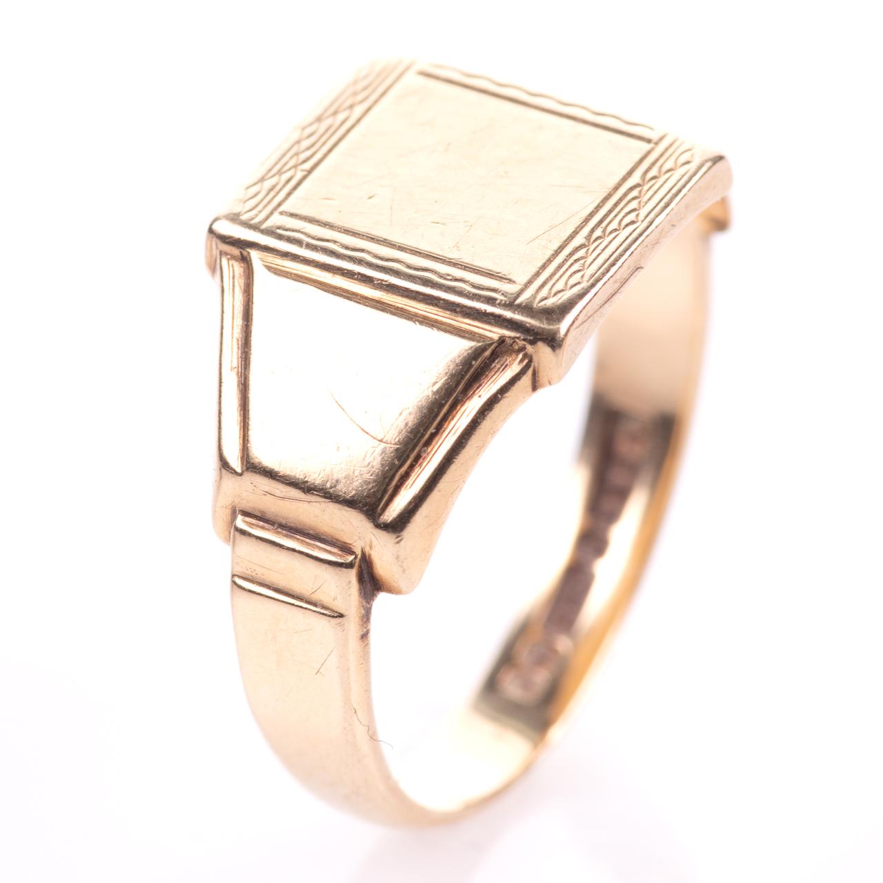 Art Deco Style Gentleman's Signet Ring 9ct Gold