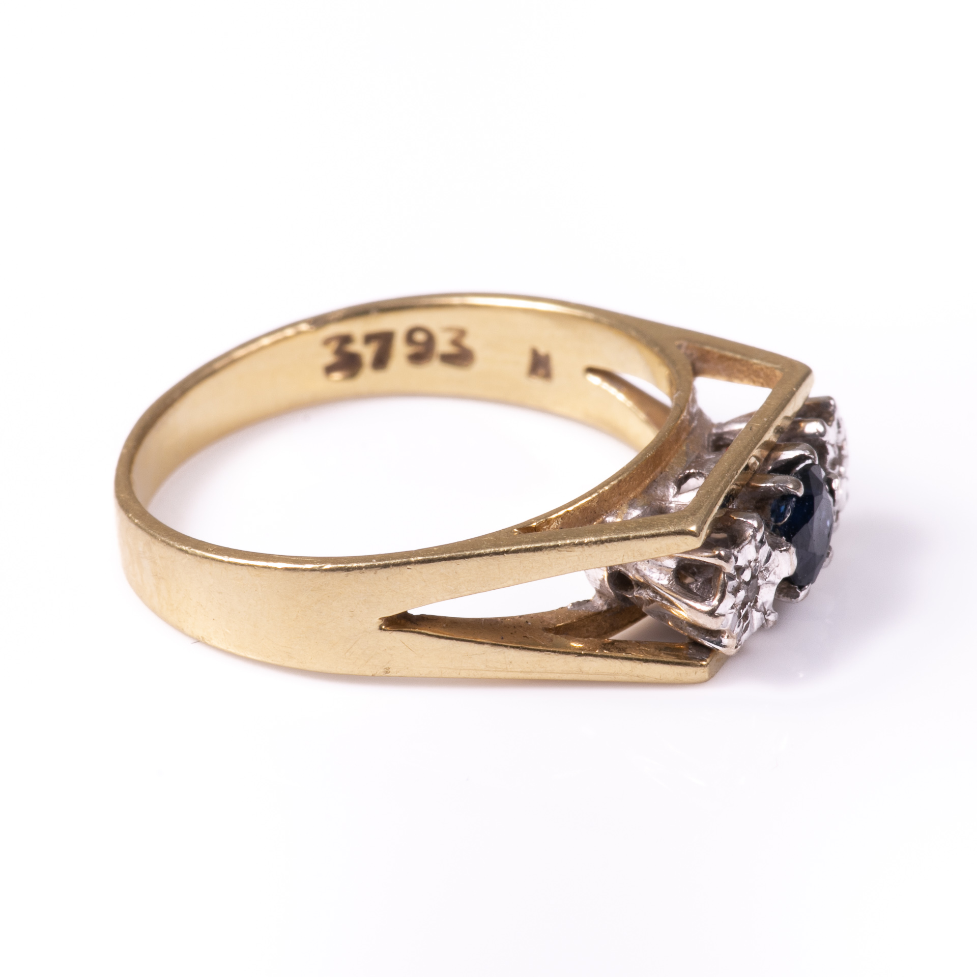 18ct Gold Sapphire & Diamond Ring - Image 6 of 6
