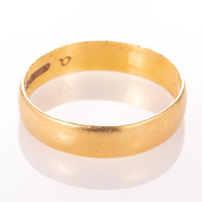 22ct Gold Wedding Band Ring - Image 5 of 5