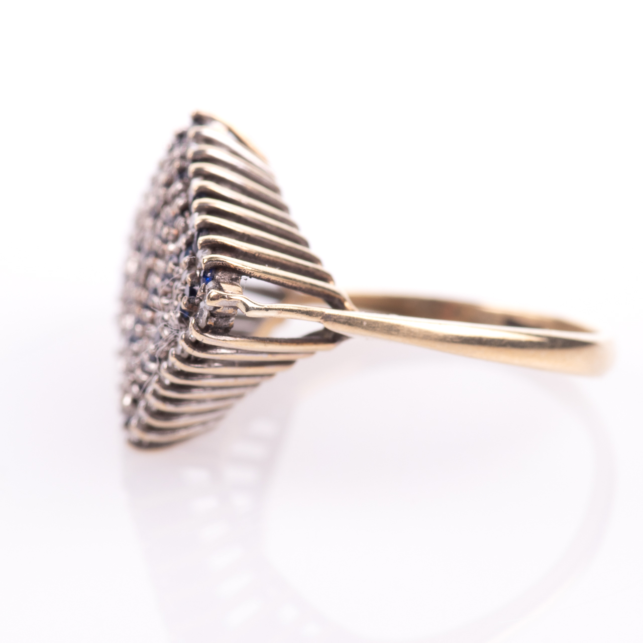 9ct Gold Sapphire & 0.50ct Diamond Ring Sheffield 1979 - Image 4 of 7