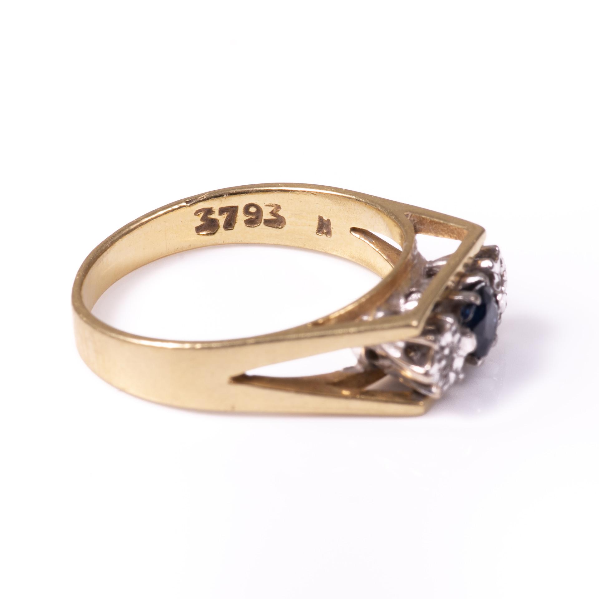 18ct Gold Sapphire & Diamond Ring - Image 5 of 6