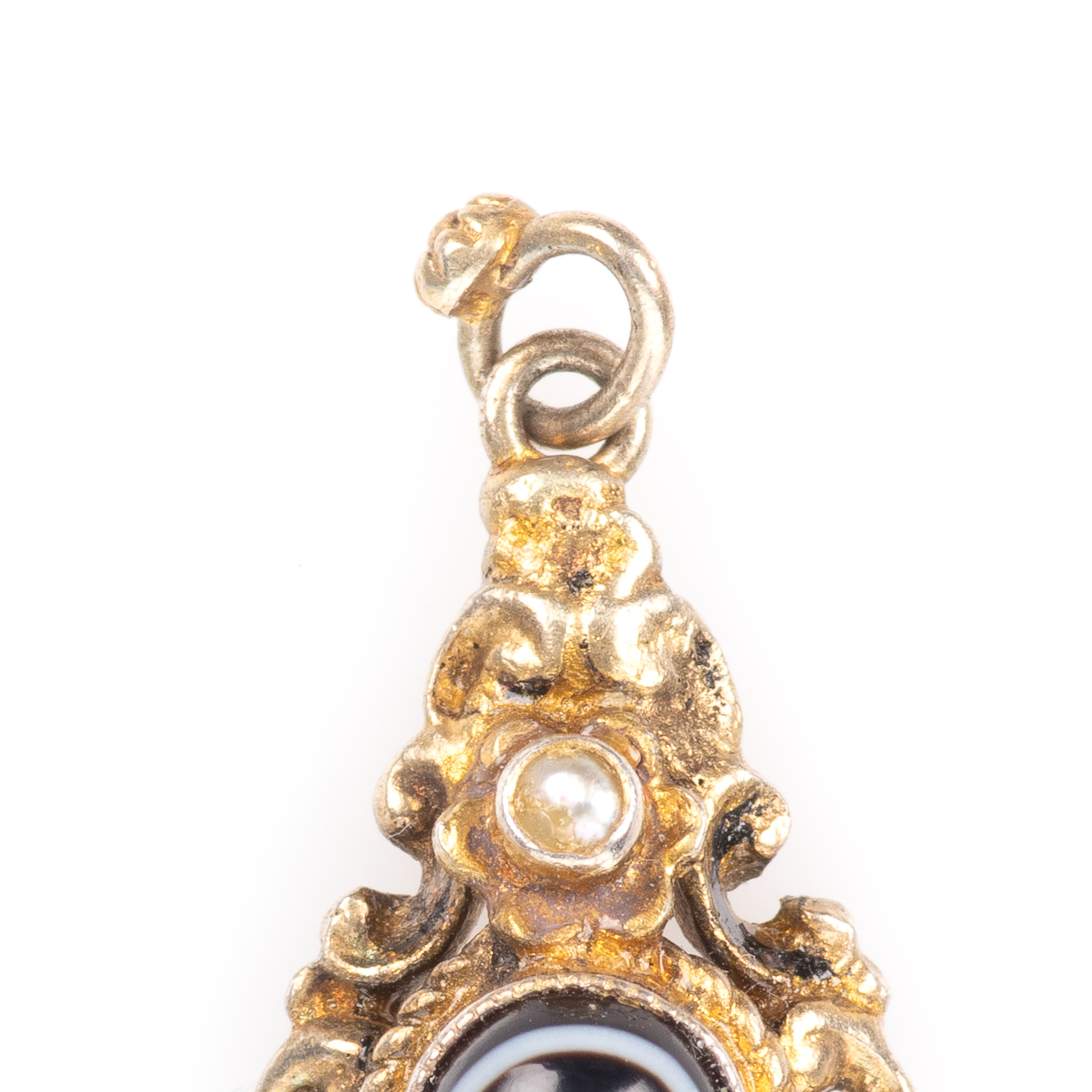 Momento Mori Pinchbeck Pearl & Banded Agate Victorian Pendant - Image 2 of 4