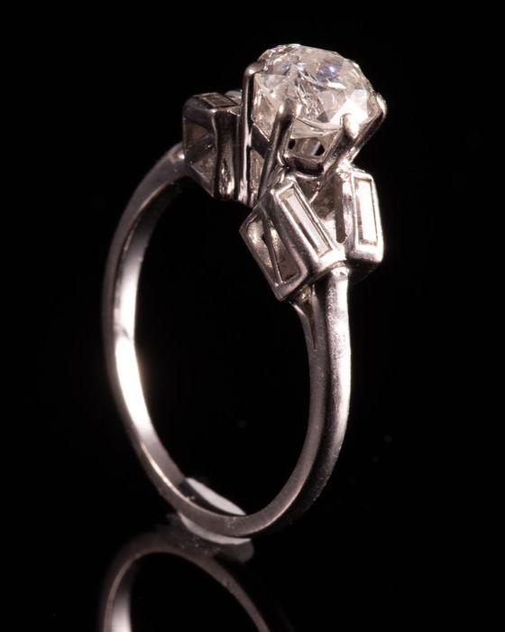 Art Deco Platinum 1ct Diamond Ring - Image 4 of 6