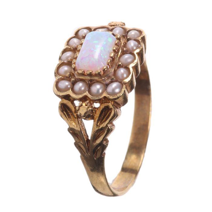 Gilt Opal & Pearl Ring