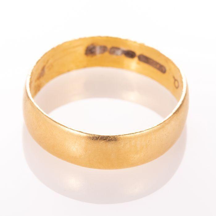 22ct Gold Wedding Band Ring - Image 4 of 5