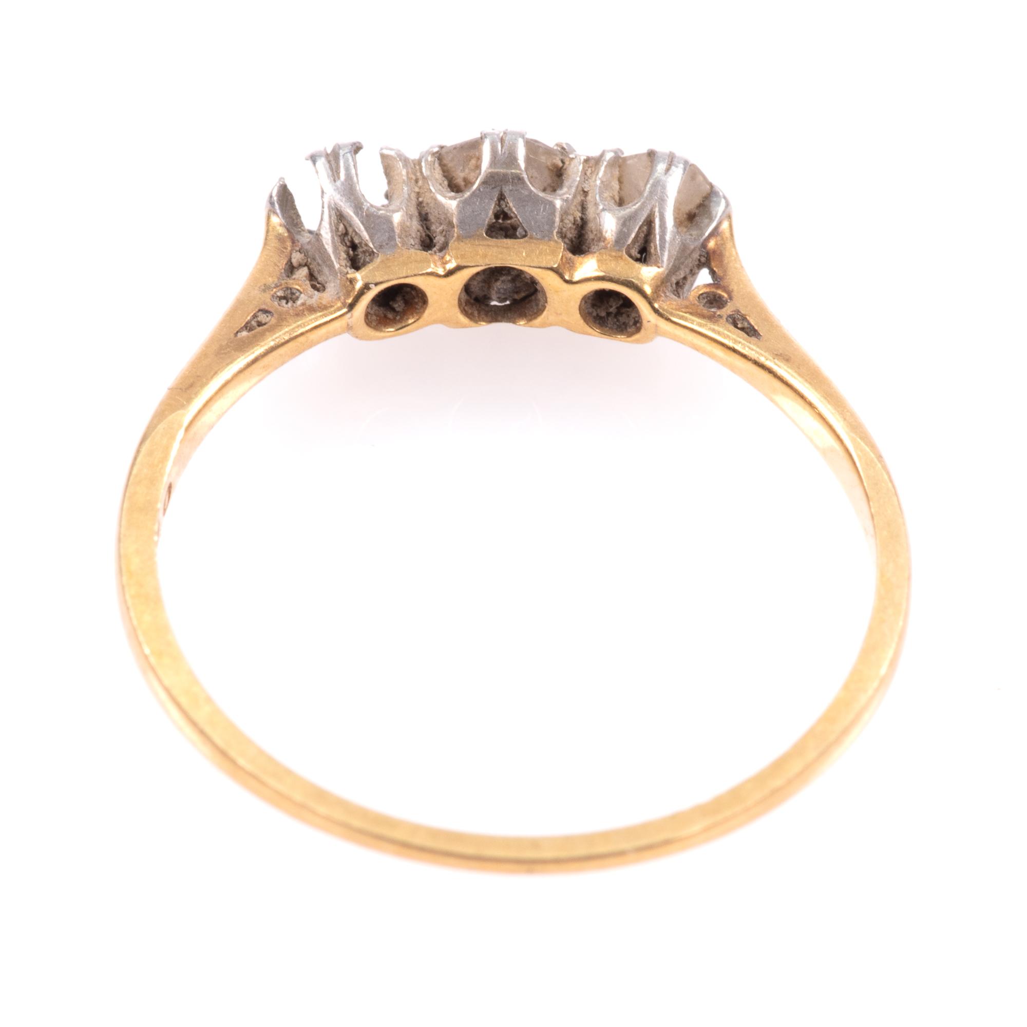 18ct Gold & Platinum 0.40ct Diamond Ring - Image 6 of 8