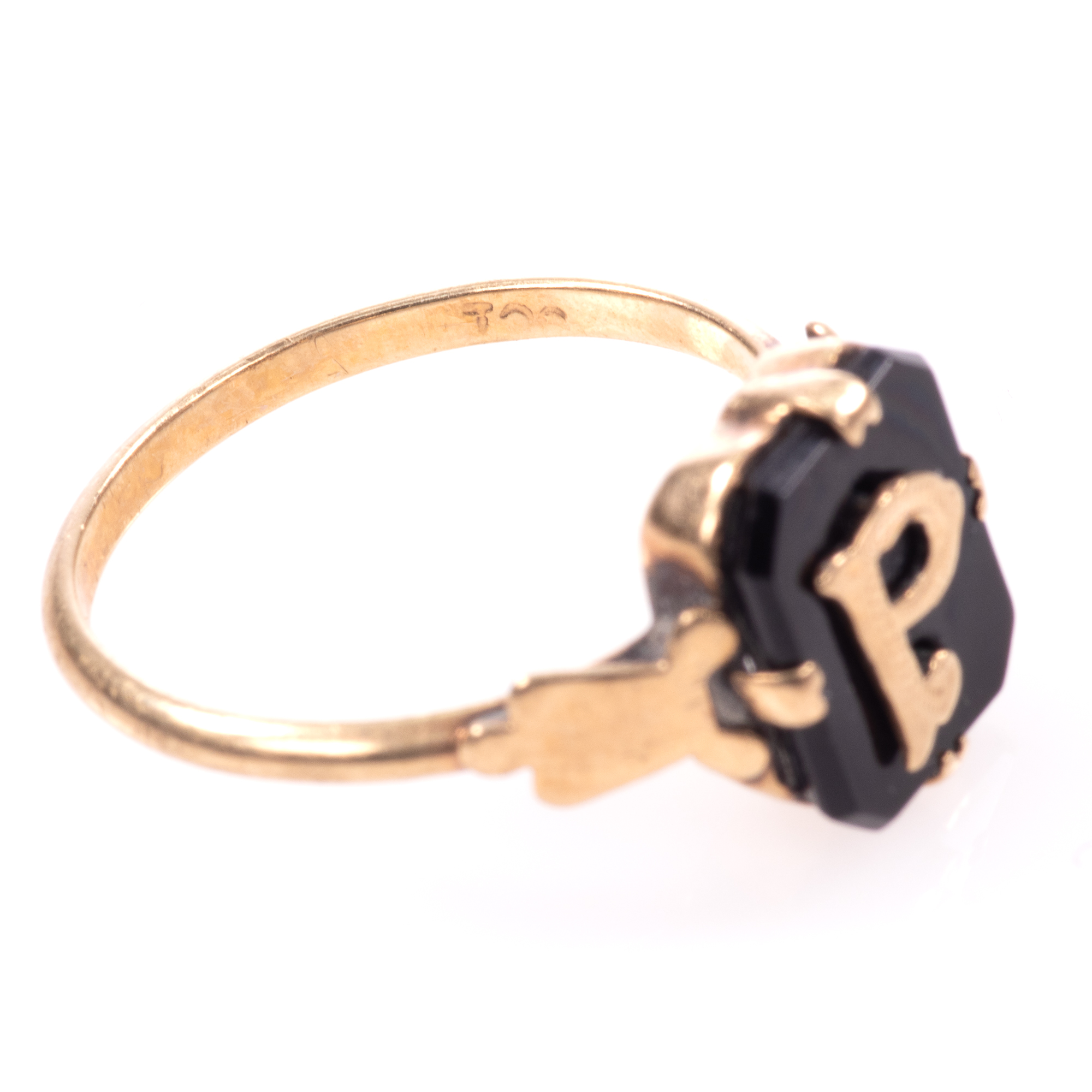 """9ct Gold Victorian Onyx Mourning Ring """"P"""" - Image 7 of 7"""