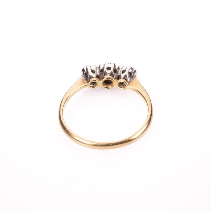 18ct Gold & Platinum Diamond Ring - Image 6 of 7