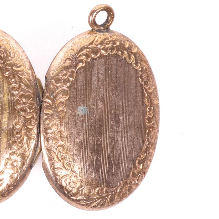 Victorian Pinchbeck Photograph Locket - Image 4 of 4