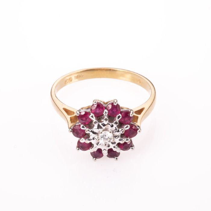 18ct Gold 0.50ct Ruby & Diamond Cluster Ring