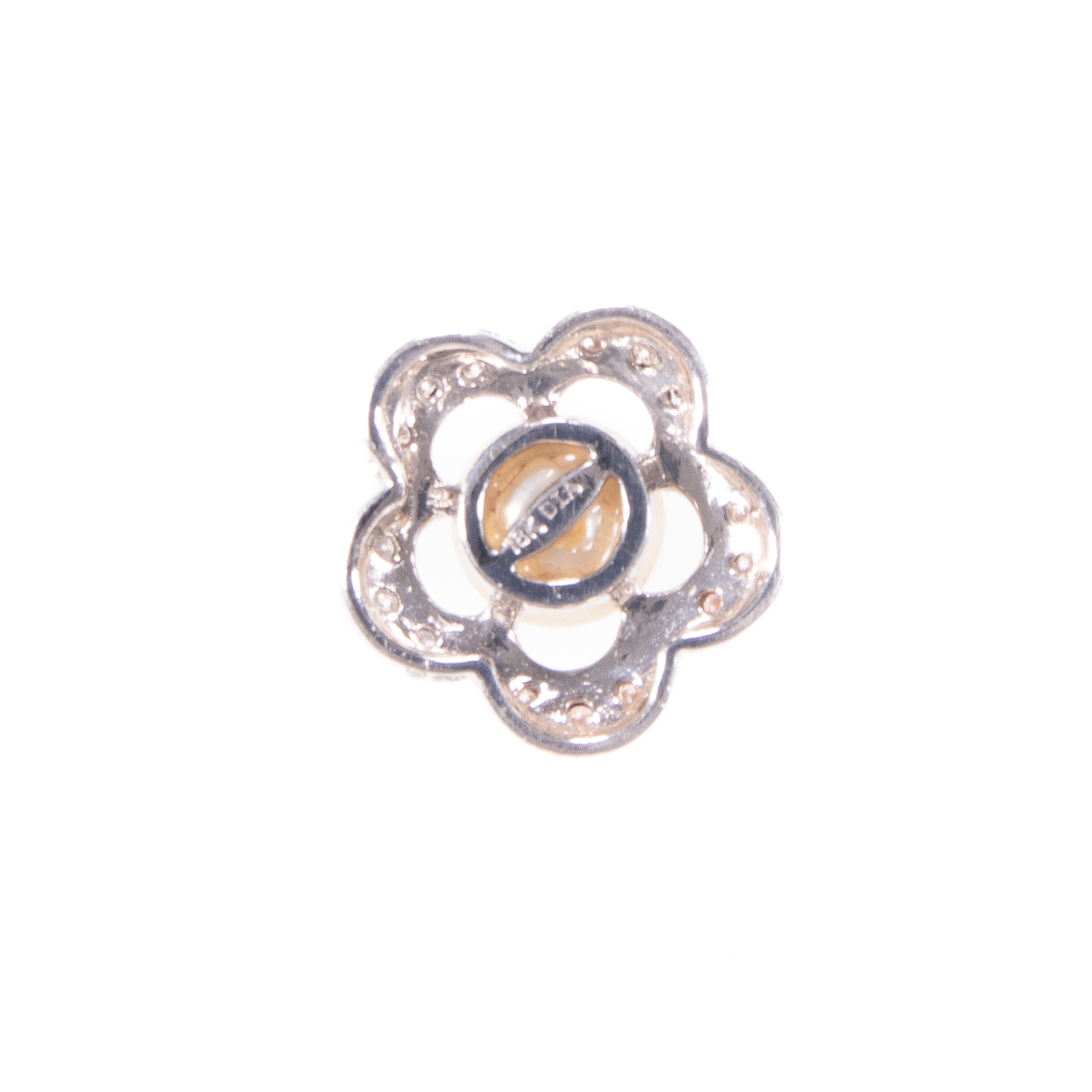 18ct White Gold Diamond & Pearl Floral Pendant - Image 6 of 6