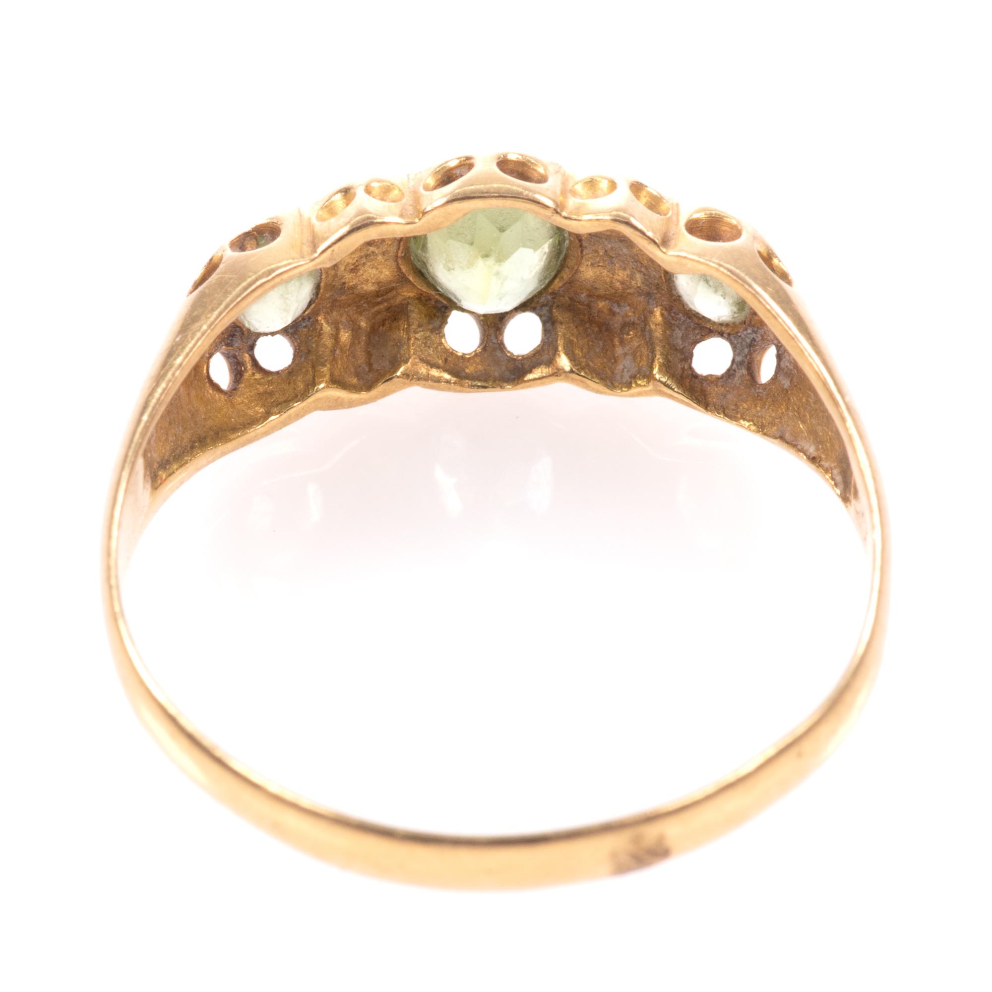 18ct Gold 0.90ct Peridot & Diamond Ring Chester 1918 - Image 7 of 8