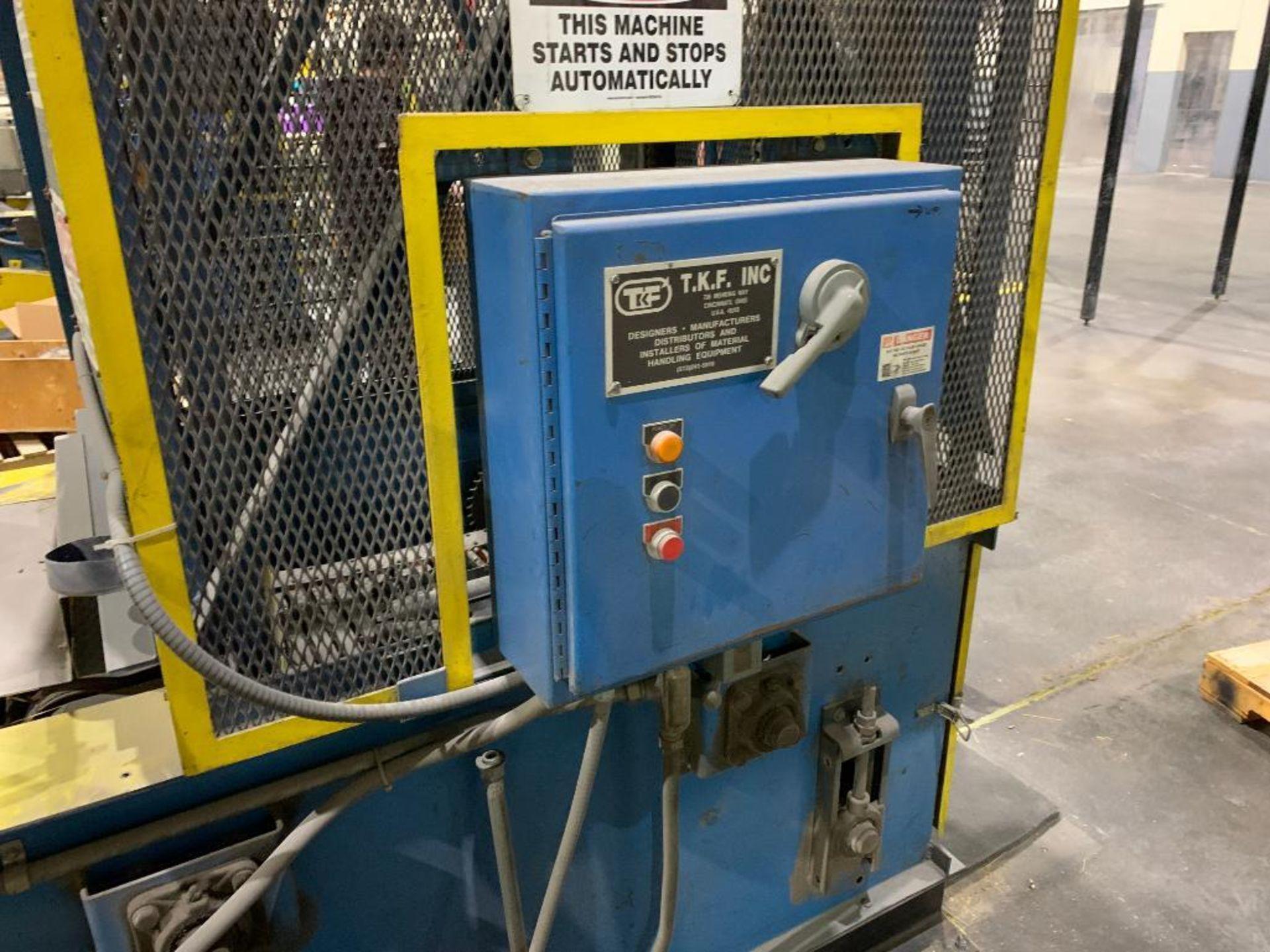 TKF vertical case elevator - Image 5 of 13