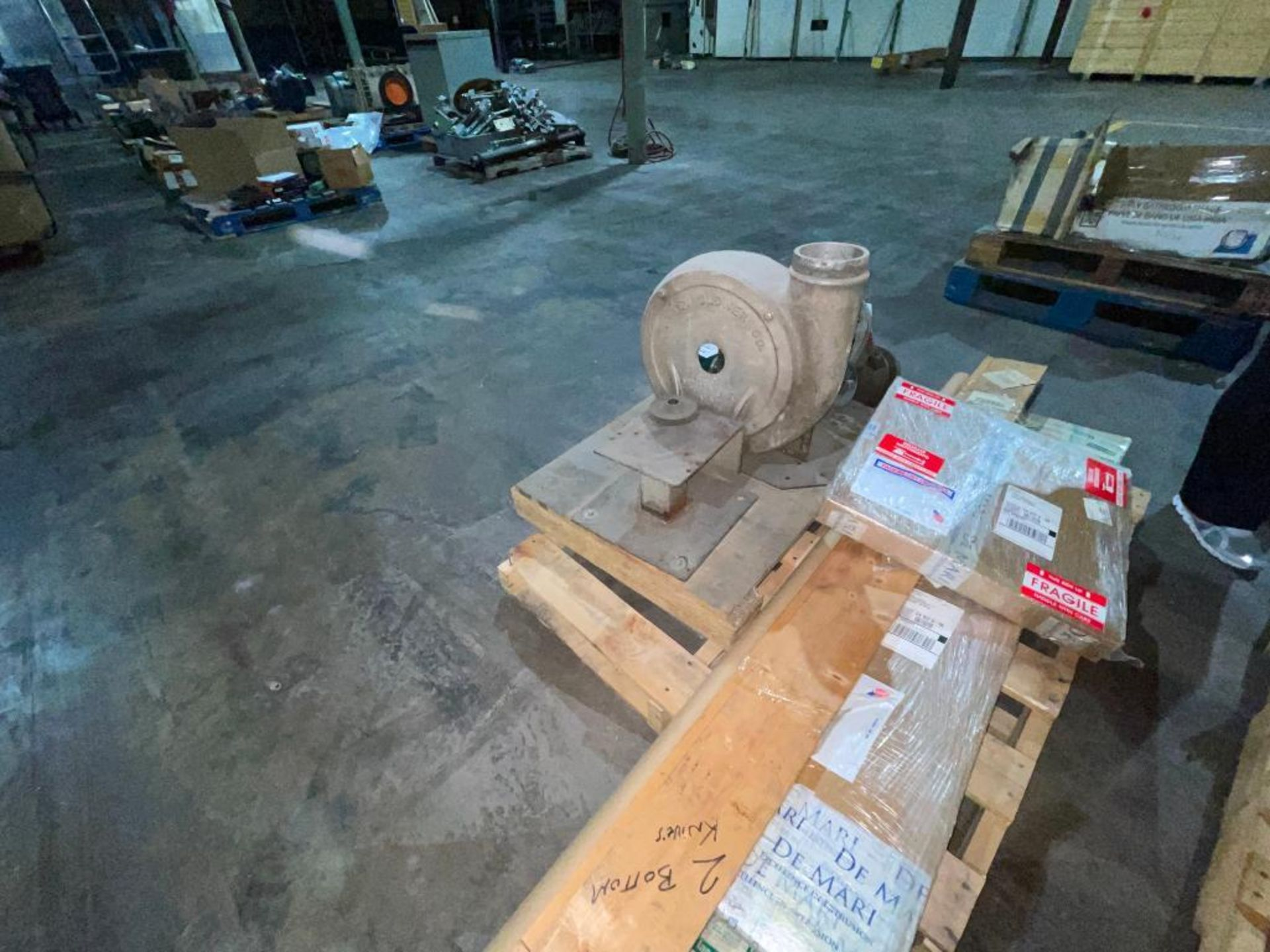 pallet of new and rebuilt knives - Image 5 of 7