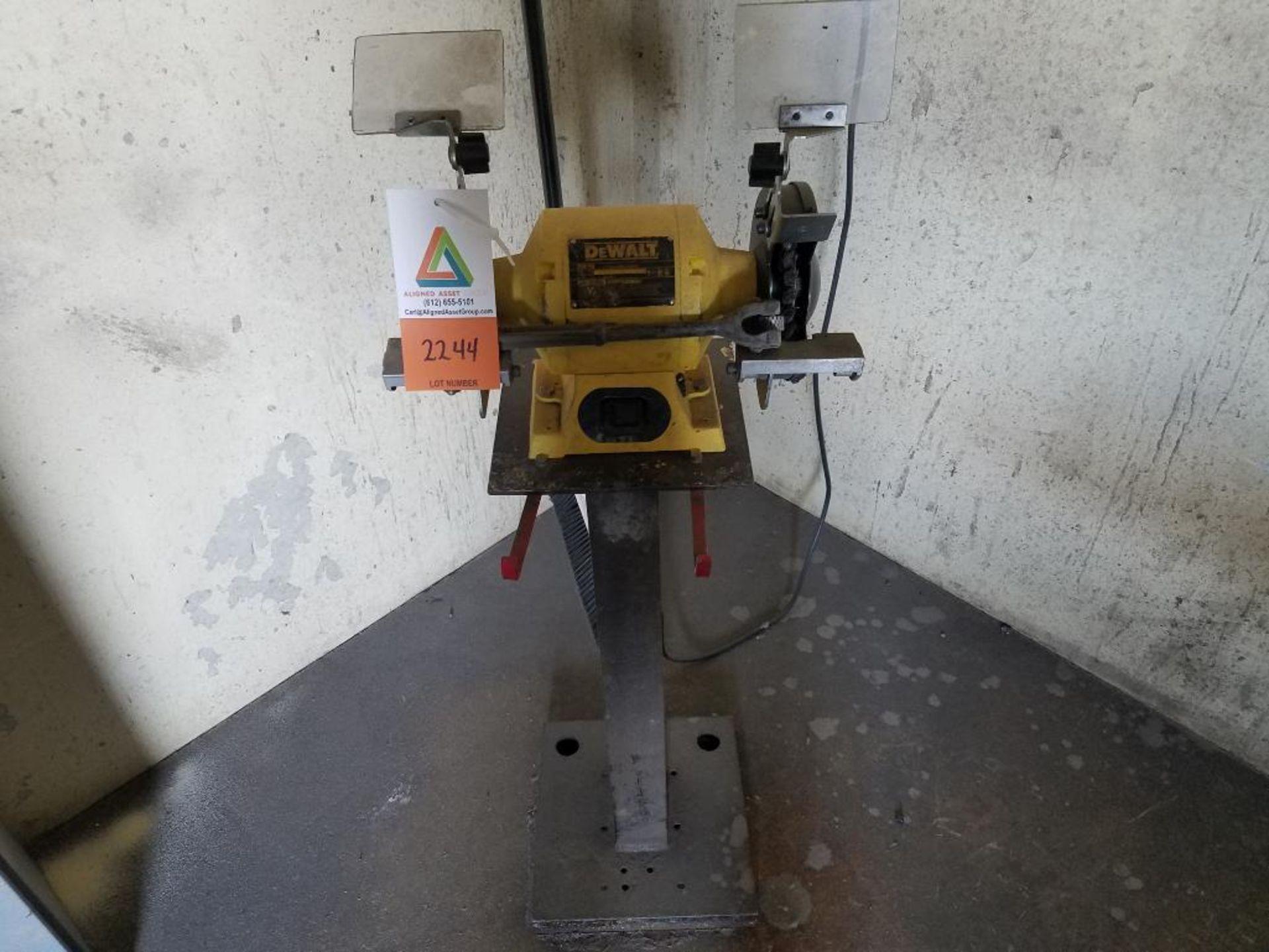 DeWalt double arbor pedestal grinder