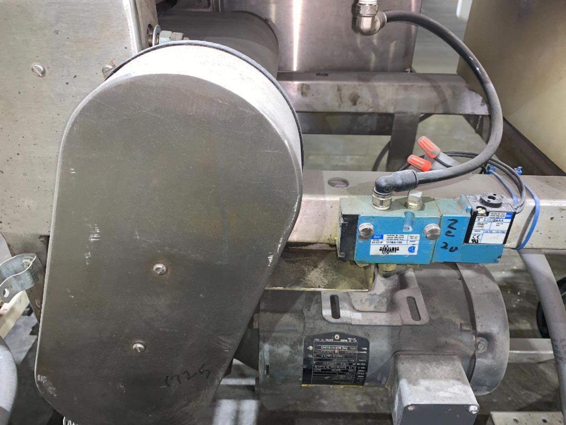 Mettler Toledo metal detector - Image 5 of 24